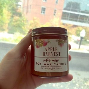 Delicious fall candle